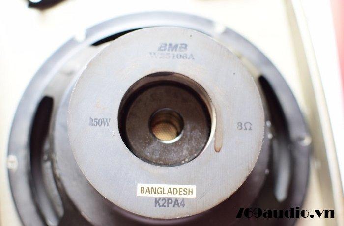 BMB 850 bãi