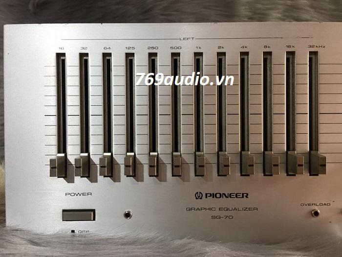 bên left Equalizer Pioneer SG-70