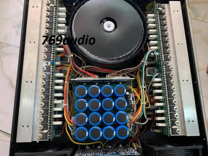 Bên trong cục main power aeepo gold 7070