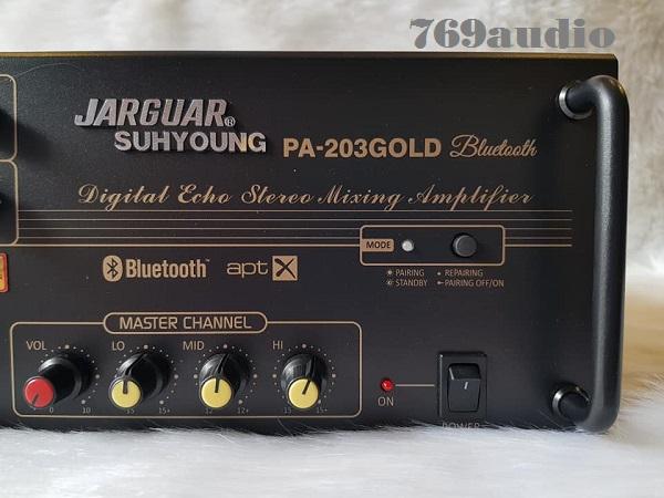 Mặt phải trước Jaguar 203 gold