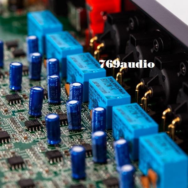 bên trong Mixer Paramax PRO MX-320