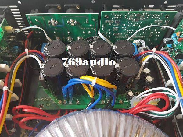 Bên trong Mai Power Yamaha P5000S