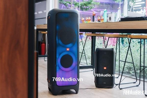 Loa Bluetooth hat karaoke gia re